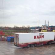 transporte de la navaja a la fábrica